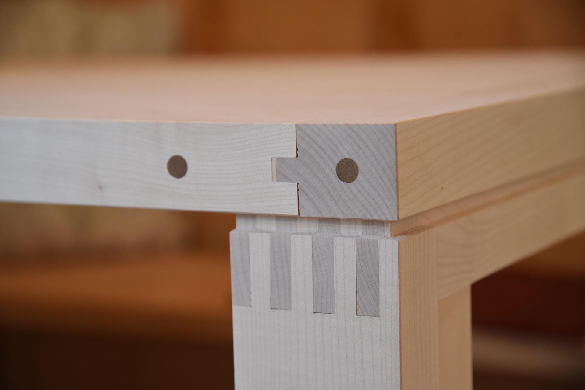 Mondholz Bürotisch Detail